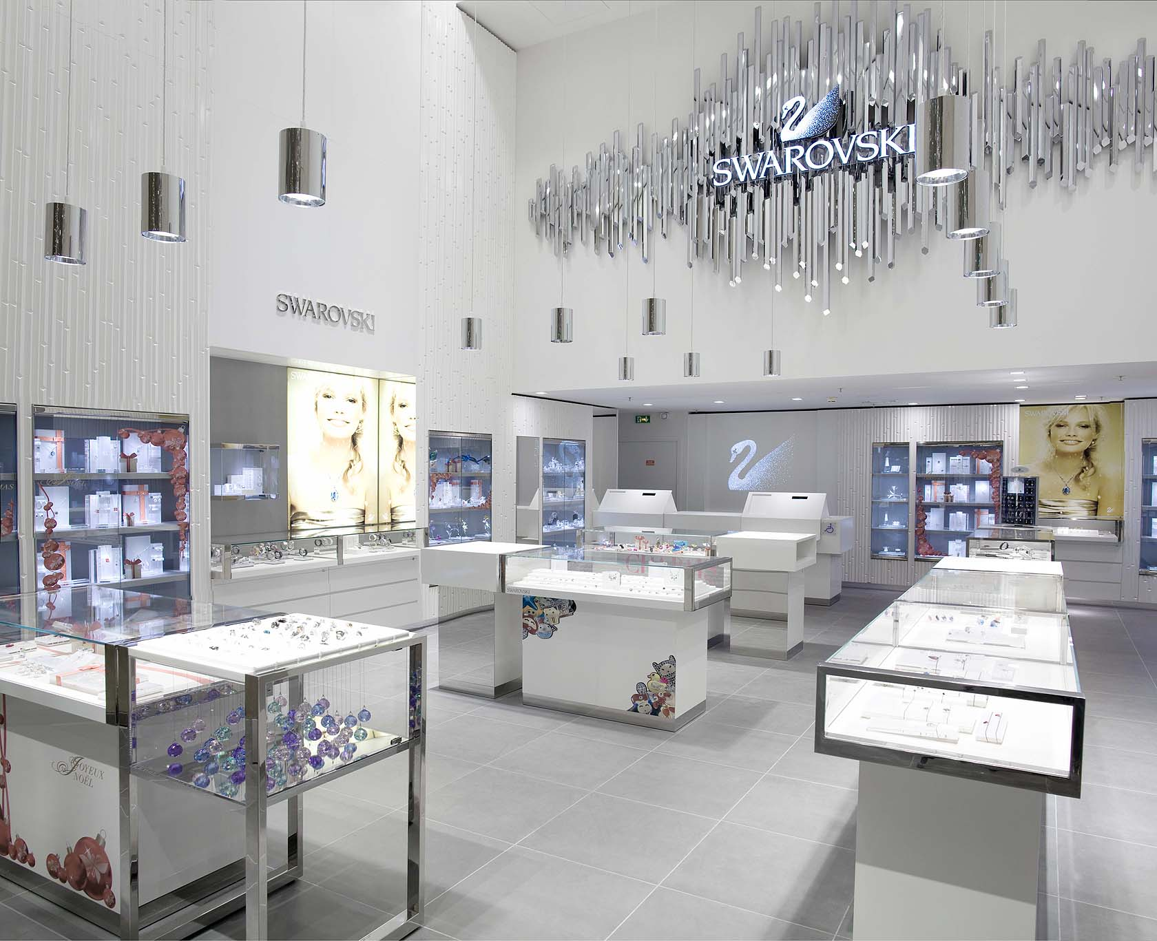SWAROVSKI jewelry store at Carrousel du Louvre, Paris - SAM l MAU ...