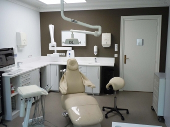 Renovation of a dental practice in Paris